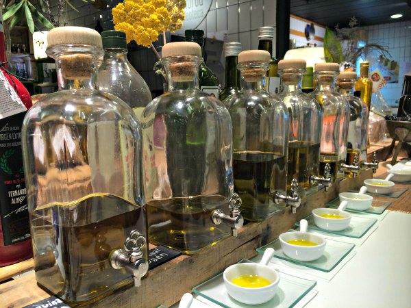 botellas-aceite-murua-planeta-en-conserva