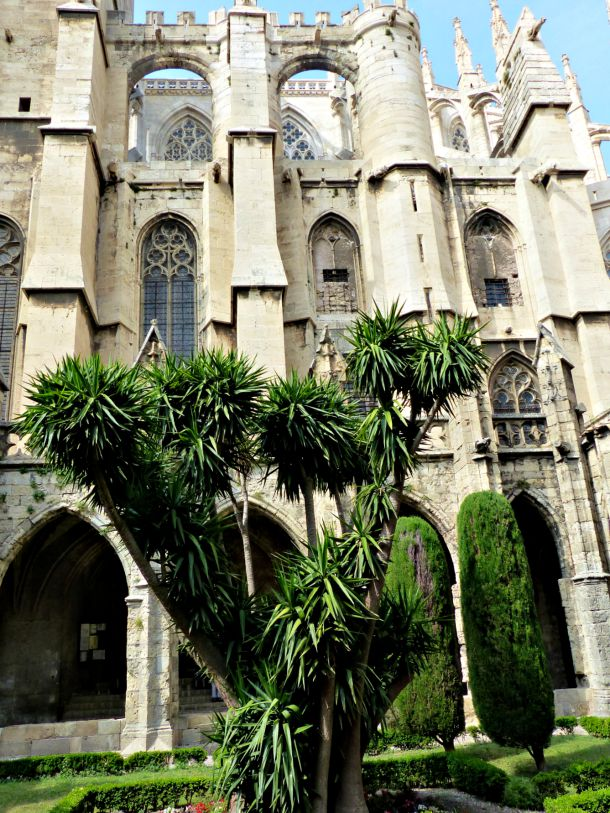 catedral-2-narbonne-planeta-en-conserva