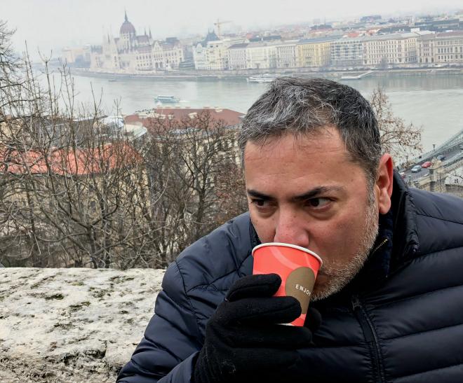alberto granados budapest vino caliente